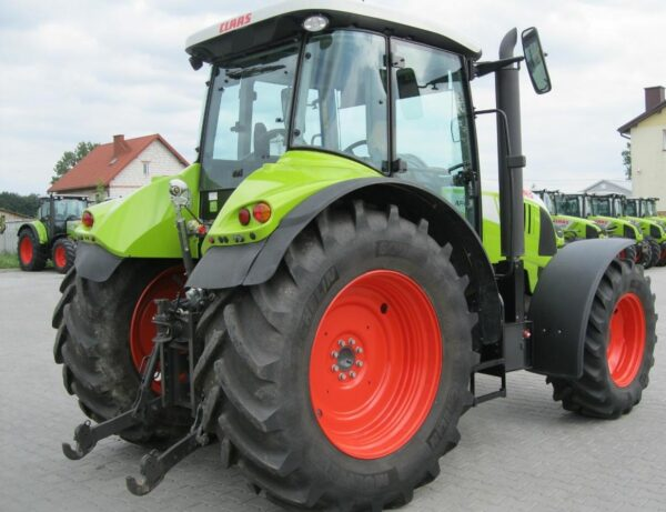 CLAAS Arion 610 C 2012